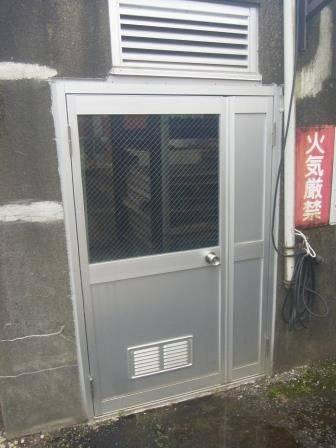 竹原屋本店の☆スチールドアそろそろ限界・・・(。´・ω・)?の施工後の写真1
