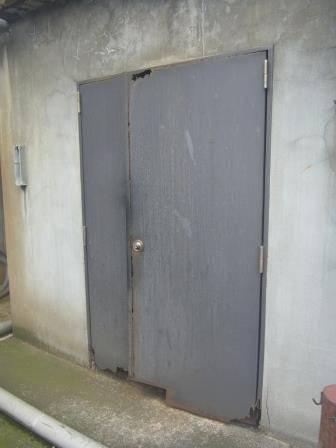 竹原屋本店の☆スチールドアそろそろ限界・・・(。´・ω・)?施工事例写真1