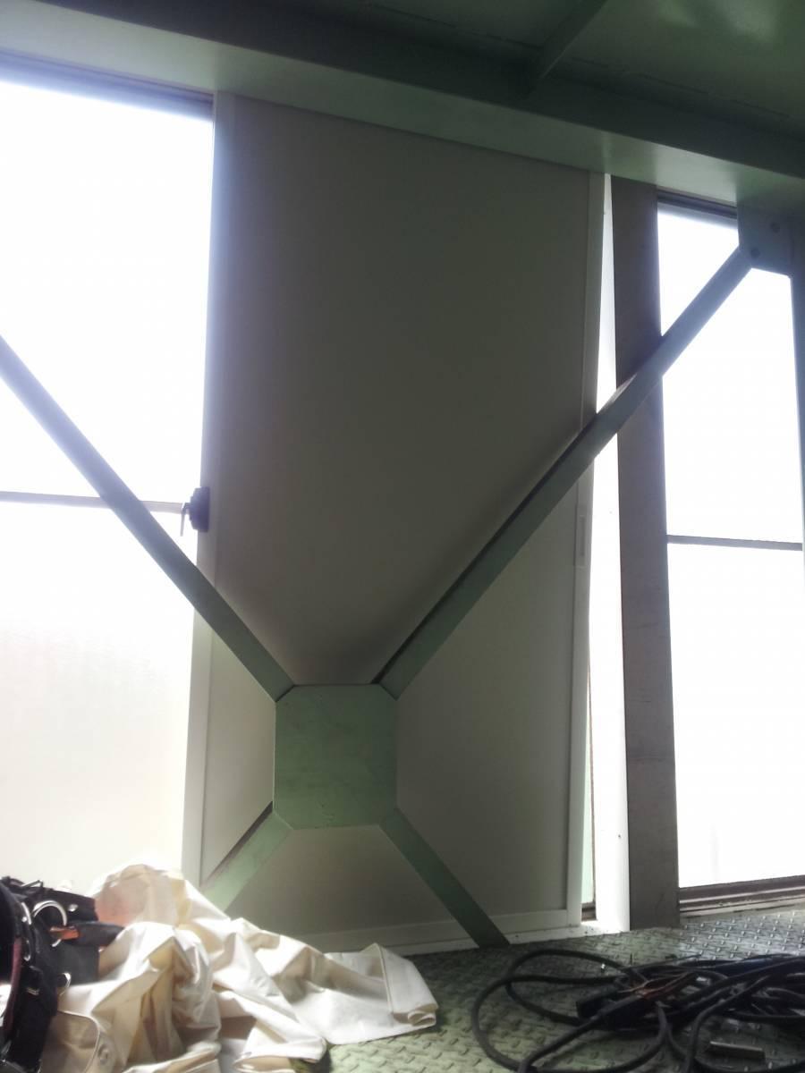 竹原屋本店の☆製品倉庫の遮光対策☆薄型の内窓設置(^O^)/の施工前の写真2