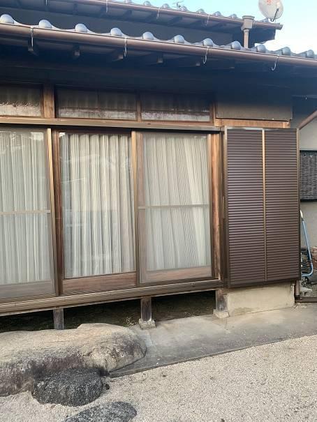 小林エコ建材の古くなった木製雨戸、取り替えられますか?の施工後の写真2