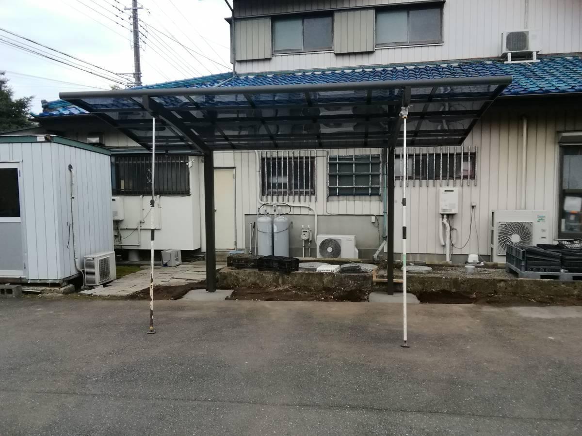 葵トーヨーのカーポート新設工事の施工後の写真2
