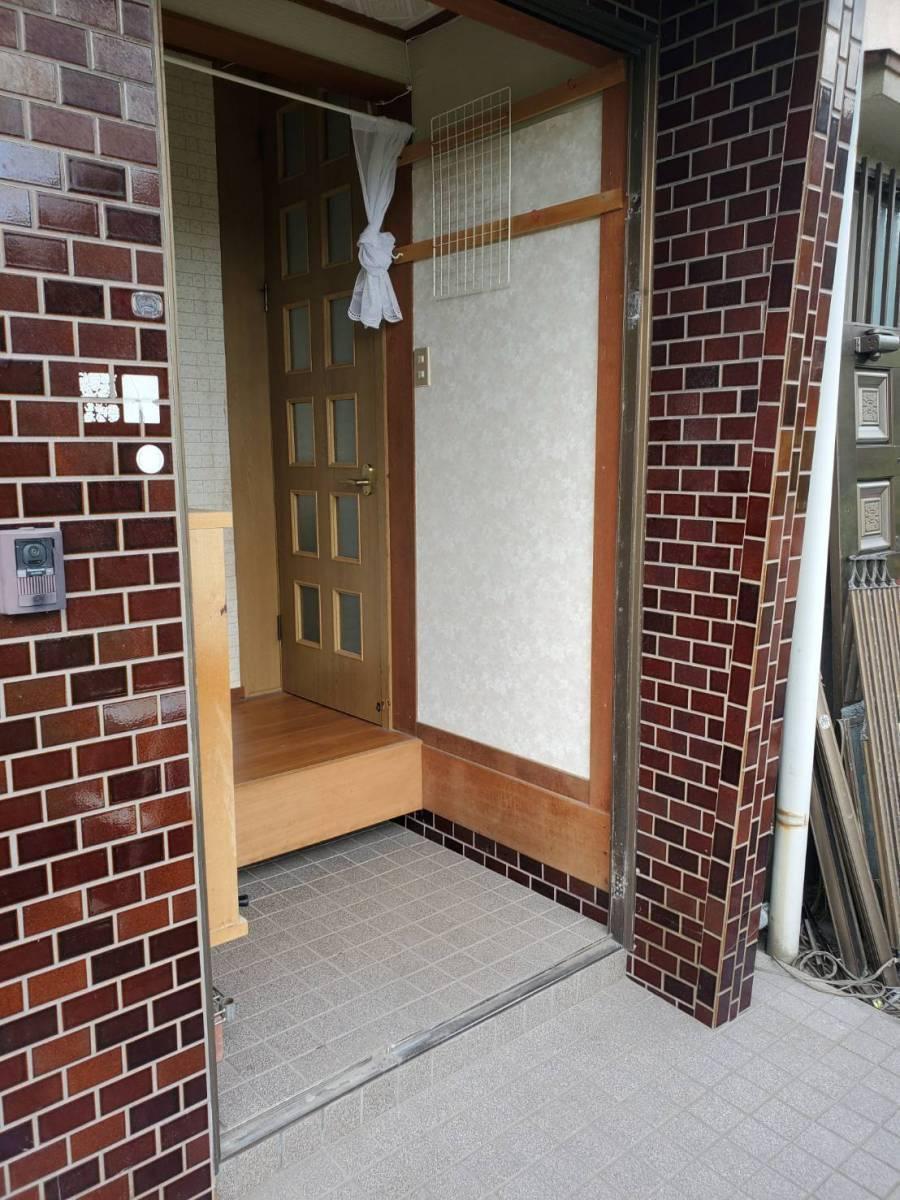 ツカサトーヨー住器の☆リシェント玄関ドア工事☆の施工前の写真3