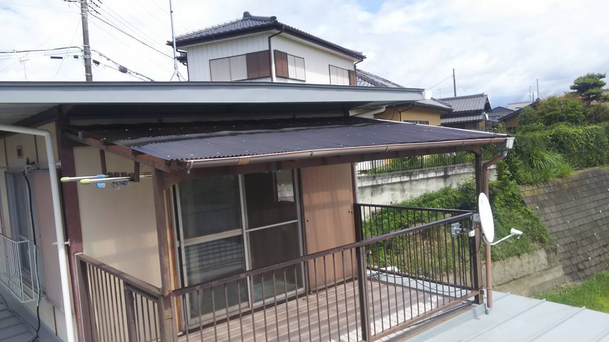 茨城県北トーヨー住器の既存テラス波板張替え工事 ~土浦市~の施工後の写真1