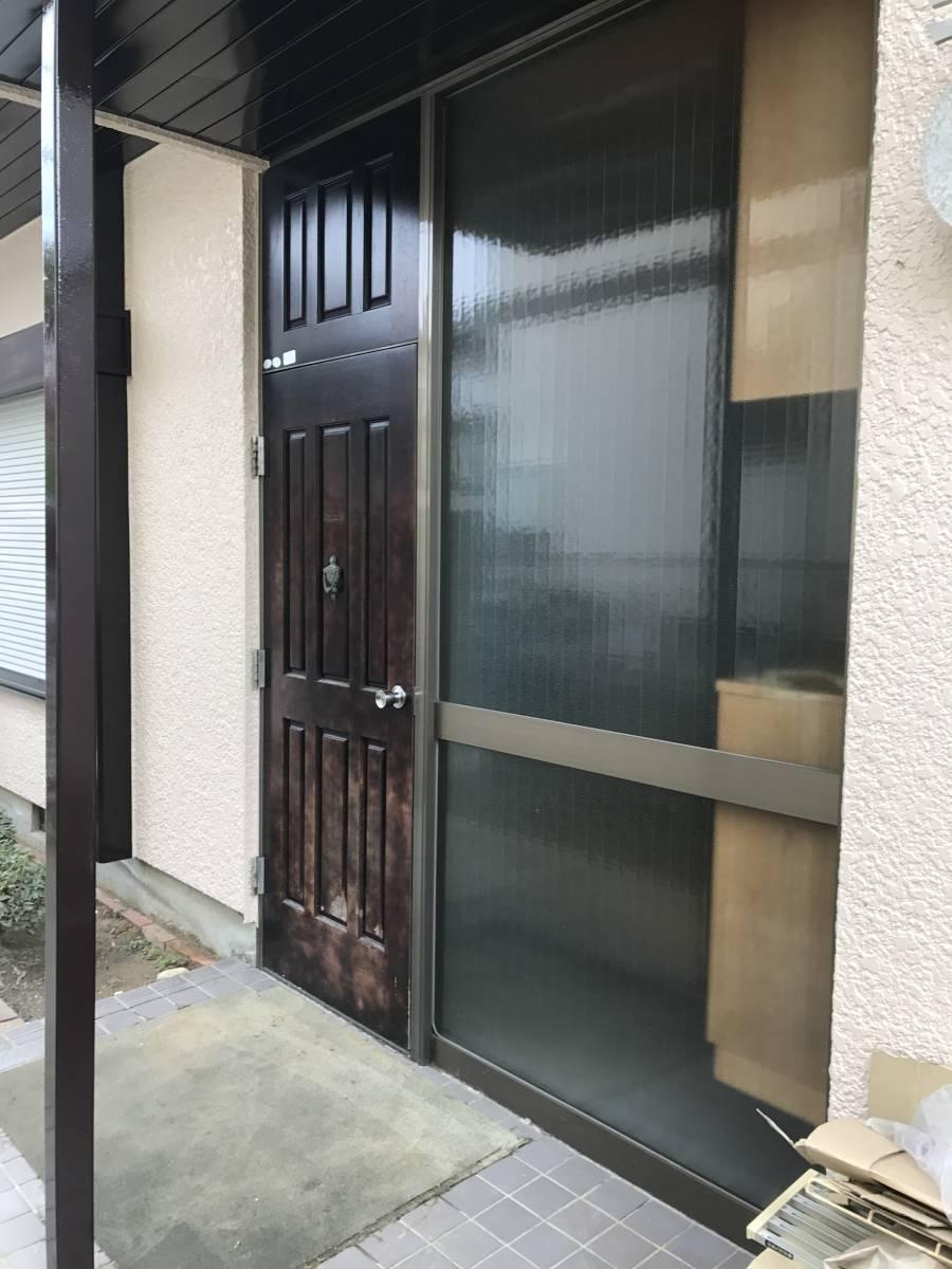 すまい:Reの0007 玄関ドア工事の施工前の写真2