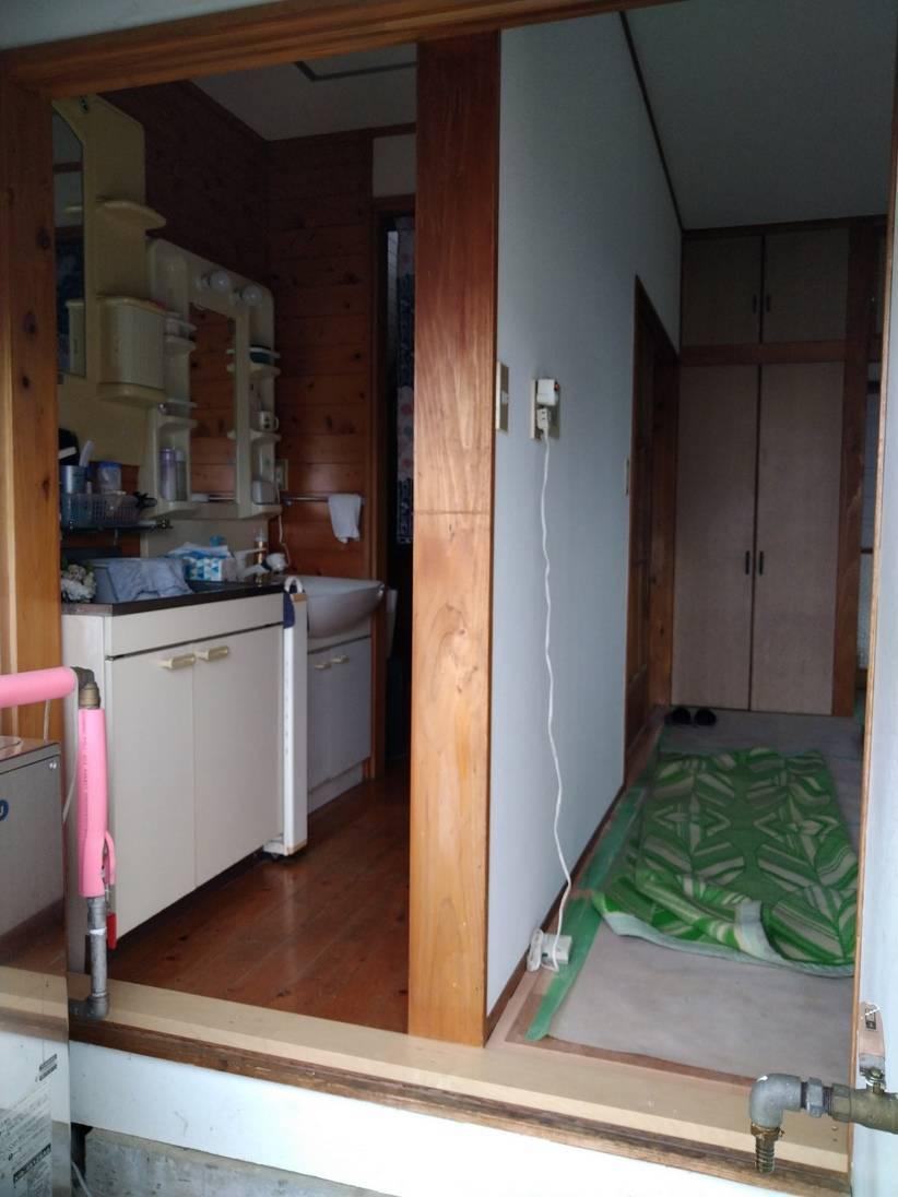 大木建装硝子の寒さ対策 リフォーム工事の施工前の写真2