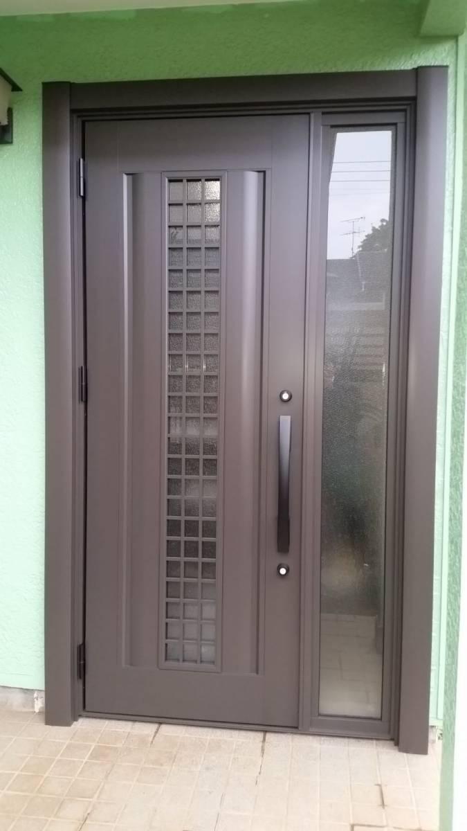北総トーヨー住器の安心安全に暮らす為、玄関リフォームによる防犯対策!の施工後の写真1