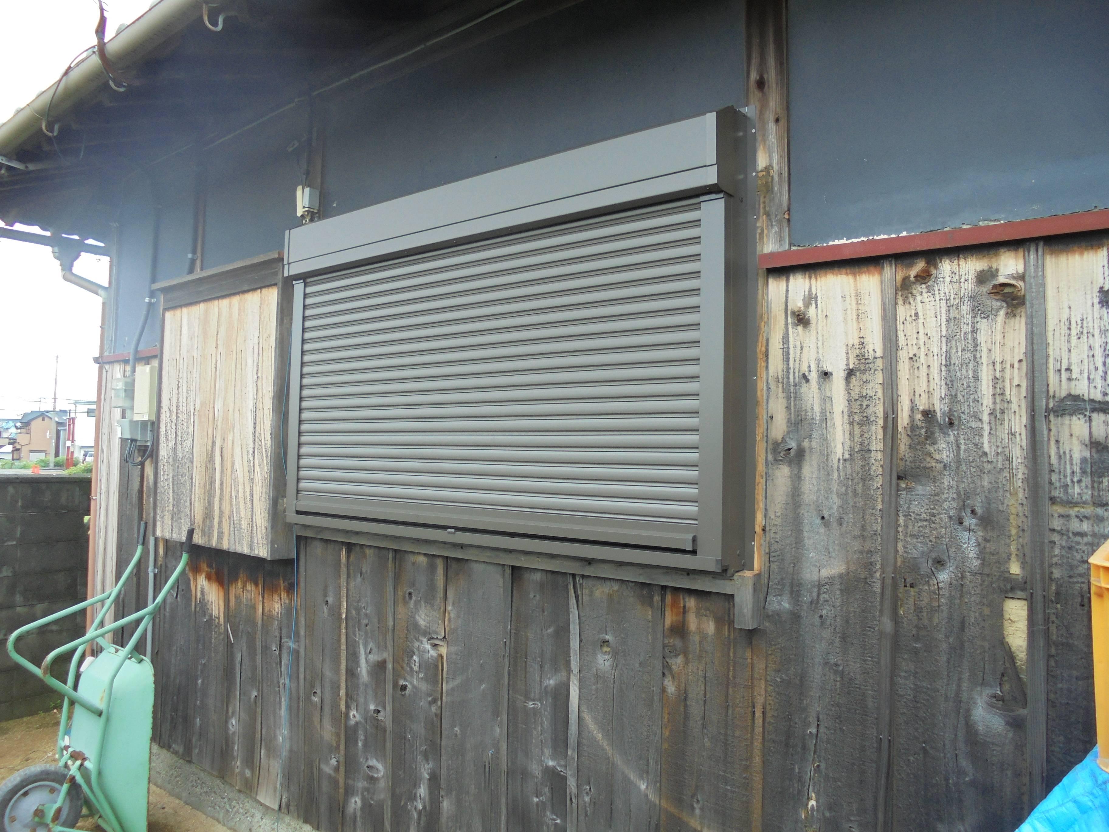 古くなったサッシを交換! 北摂トーヨー住器の現場ブログ 写真2