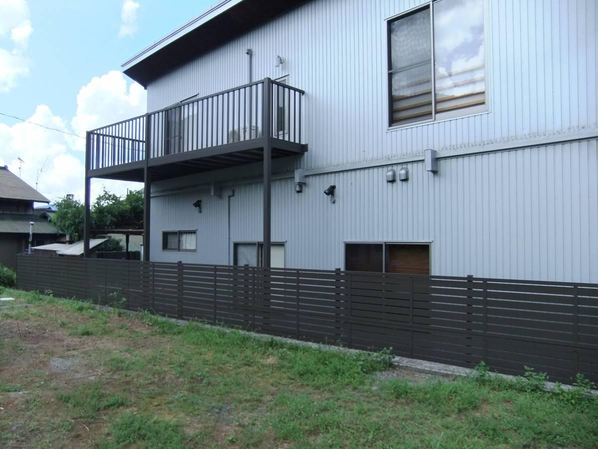松井トーヨー住建のフェンス・ベランダの撤去と取付の施工後の写真1