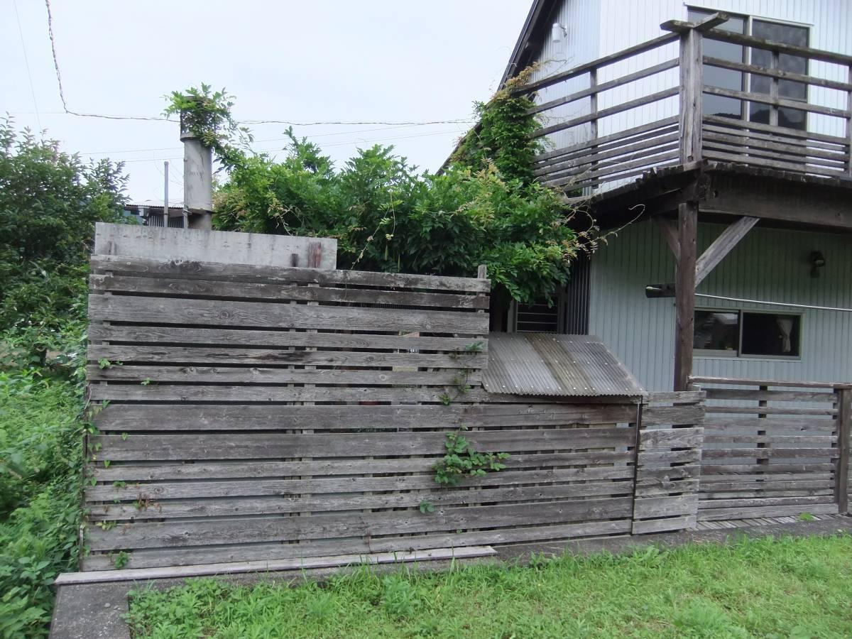 松井トーヨー住建のフェンス・ベランダの撤去と取付の施工前の写真2