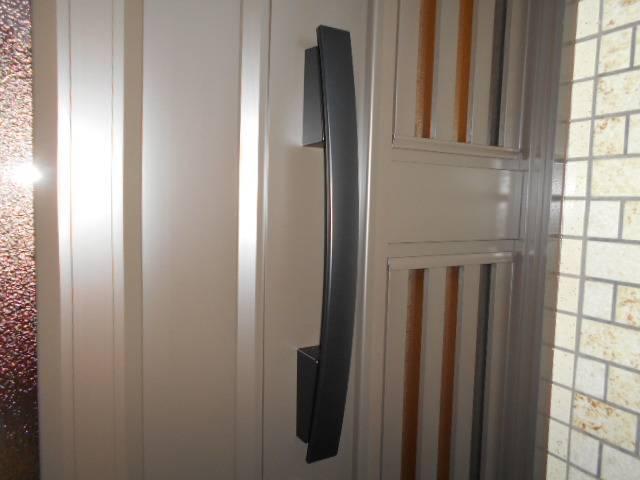 サッシセンターフジイ 名古屋西店の玄関ドアの取替の施工後の写真2