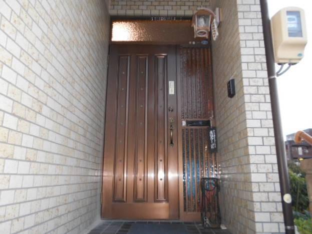 サッシセンターフジイ 名古屋西店の玄関ドアの取替の施工前の写真1