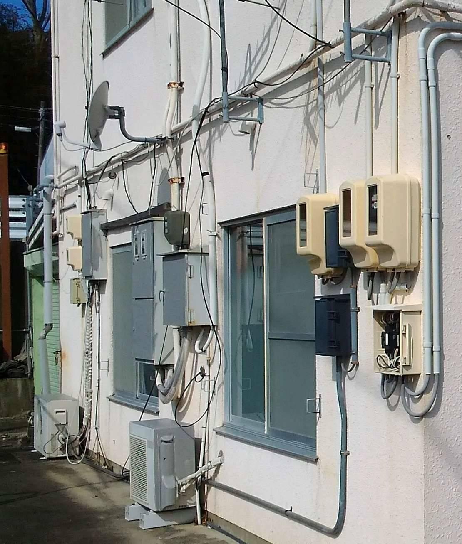 現場調査 リフォームシャッター 台風対策に 伊勢日軽の現場ブログ 写真1