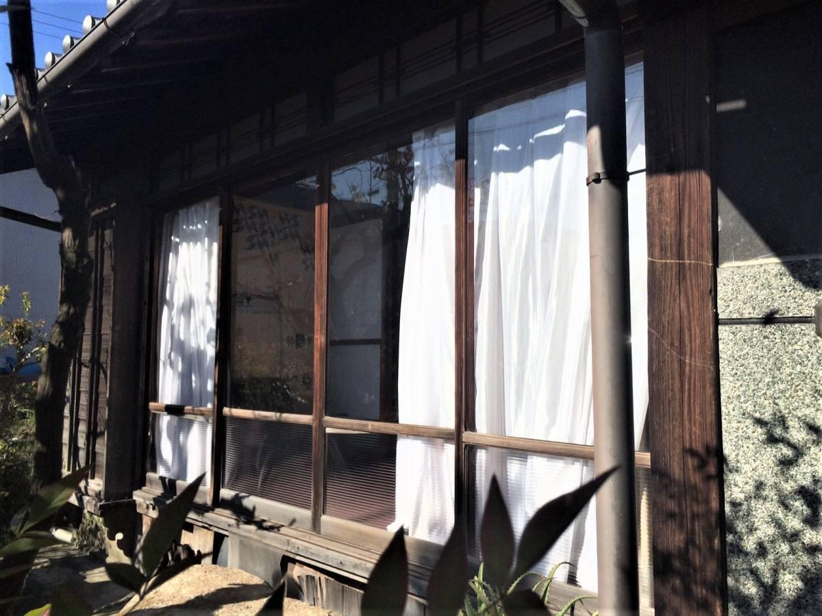 窓工房テラムラの建物に合ったデザインと快適性の向上の施工前の写真1
