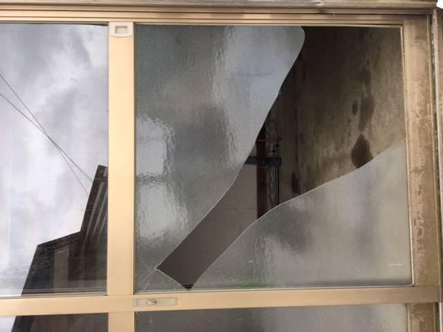 ガラス修理 ヒロトーヨー住器の現場ブログ 写真1