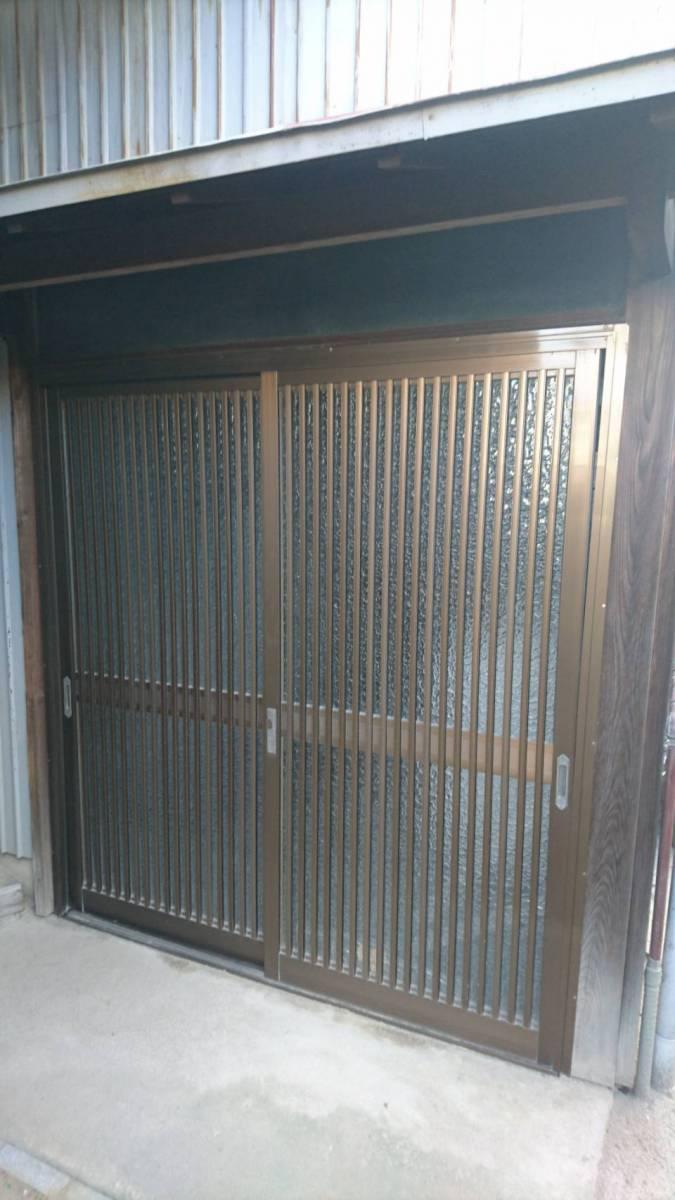 原金物サッシセンター 北名古屋の玄関引戸取替              の施工前の写真1