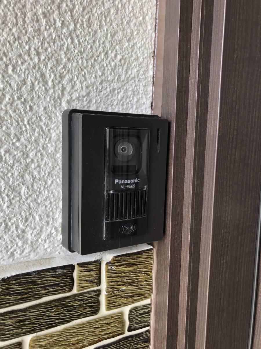 中嶋トーヨー住器の【1DAYリフォーム】玄関リシェント 施工の施工前の写真3